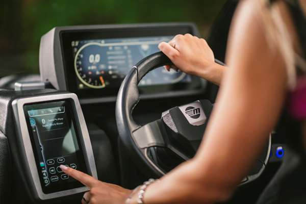 Malibu-20-VTX-Touch-Screen-Systems-Control